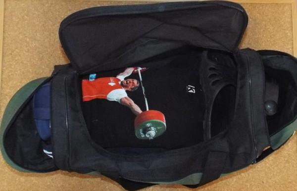 Спортивная сумка (содержимое)